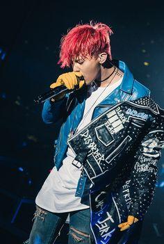 "G-Dragon Ungkap Dirinya Menulis Lagu Big Bang ""If You"" Ketika Jatuh Cinta Daesung, Gd Bigbang, Baby Baby, G Dragon Fashion, Rapper, Big Bang Kpop, G Dragon Top, Hip Hop, Bigbang G Dragon"