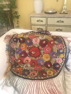 HUNGARIAN ANTIQUE HAND EMBROIDERED SILK MATYO ROUND COVER TEXTILE KOLOSKA   | eBay