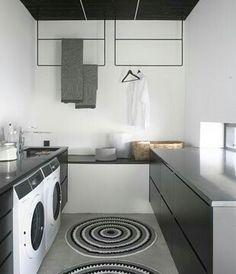 Kodinhoitohuone ideoita, ripustus Laundry In Bathroom, Laundry Area, Laundry Rooms, Laundry Storage, Homekeeping, Scandinavian Home, Cozy Living, Stacked Washer Dryer, Mudroom