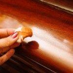 Come eliminare i graffi dai mobili | Donna Moderna