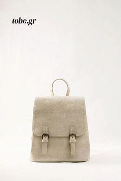 Εκρού σακίδιο για τέλεια εμφάνιση κάθε μέρα. Κωδ. 918.001, Τηλ. 2510 241726 Leather Backpack, Backpacks, Bags, Fashion, Handbags, Moda, Leather Backpacks, Fashion Styles, Backpack