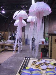 Under the sea party decoration: Jelly Fish