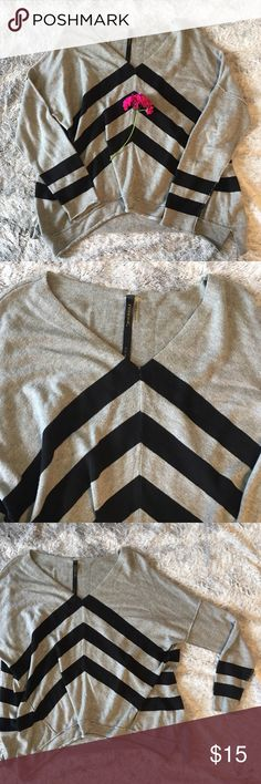 Black and Gray Sweater Gently used sweater •baggy •size small •no damage 💐FINAL PRICE SHOWN. 20% OFF 3 OR MORE ITEMS💐 Sweaters