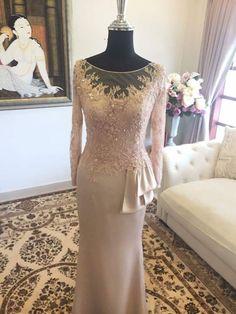 Filipiniana Wedding, Evening Dresses, Formal Dresses, Kebaya, Mother Of The Bride, Prada, Wedding Ideas, Lace, Model