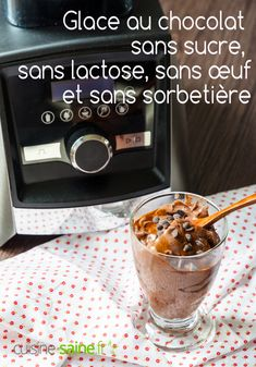Glace au chocolat sans sucre, sans lactose, sans œuf (sans sorbetière) - Blog Cuisine Saine sans gluten sans lactose Vegan Pancake Recipes, Vegan Pancakes, Raw Food Recipes, Make Ice Cream, Homemade Ice Cream, Veggie Pizza, Mocca, Gluten Free Cooking