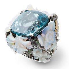 Ask the Jewelry Guru! Latest Jewellery Trends, Jewelry Trends, Jewelry Accessories, Jewelry Design, Unusual Jewelry, Fine Jewelry, Lydia Courteille Jewelry, Cartier Diamond Rings, Big Rings