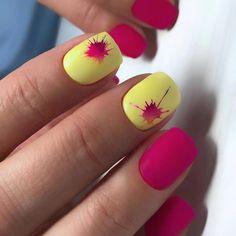 What Christmas manicure to choose for a festive mood - My Nails Shellac Gel Polish, Shellac Nail Colors, Red Nail Polish, Red Nails, Hair And Nails, Spring Nail Colors, Nail Designs Spring, Cool Nail Designs, Spring Nails