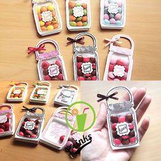 stamp-momo – - Diy Gift For Girlfriend Ideen Eid Crafts, Handmade Crafts, Diy And Crafts, Crafts For Kids, Paper Crafts, Diy Gift Box, Diy Gifts, Mason Jar Cards, Shaker Cards