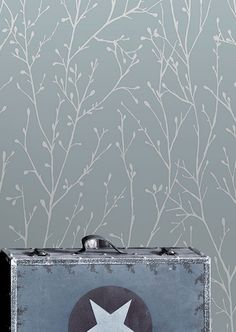 In puris naturalibus - In pure naturalness is often the only true beauty. As with tape - Interior Design Examples Design Floral, Motif Floral, Chair Design, Wall Design, House Design, Interior Design Examples, 3d Wallpaper, Retro Chic, Vinyl