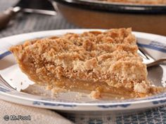 Amish Vanilla Crumb Pie ~ {Most Amish households would make their own pie crusts, but for this recipe uses premade pie crust}