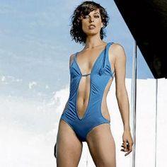 jovovich bathing suit Milla