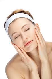 Hi Everyone,I have put a face mask on my skin its peeling and face mask together and I can really feel that it's working on my skin... I had to do it, I felt that I really need it... After I will rinse off with water and put on the lotion and the day cream. It's really A wonderful feeling. WHAT MORE CAN YOU ASK IF YOU CAN USE REALLY NATURAL PRODUCTS.