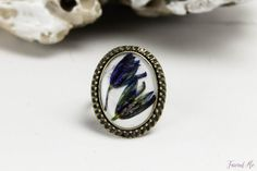 Oval white ring with real flowers of Scilla от FriendMeBijou