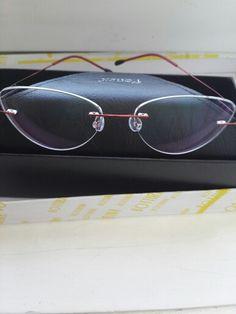 77ced706a Óculos Mulheres Armação dos óculos de Titânio Ultraleves Óculos sem aro  Prescrição Sem Moldura Sem Parafusos de Olho de Gato Óculos Óculos de  Miopia Frame ...