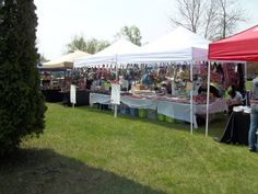 More vendors!