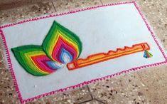 Discover pretty rangoli designs for Krishna Janmashtami and peacock feather (Mor Pankh) rangoli designs. Make these awesome rangoli designs for Janmashtami. Easy Rangoli Designs Diwali, Rangoli Simple, Rangoli Designs Latest, Rangoli Designs Flower, Free Hand Rangoli Design, Rangoli Border Designs, Small Rangoli Design, Rangoli Patterns, Colorful Rangoli Designs