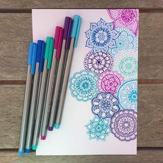 """Mi piace"": 2,734, commenti: 43 - STAEDTLER (@staedtlermars) su Instagram: ""Work in progress of mini mandala doodles  by the talented @linesbylauren Show us how you doodle…"""