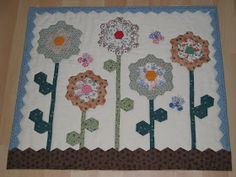 I finally completed my Make Do Memory Miniature Quilt. It was a challenge organized by Lyn . Well and it is this challenge that gave me a ne...
