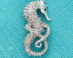 Seahorse Brooch Beach Wedding Brooches Crystal Silver Seahorse Broach Sash Hair Comb Cake Decor DIY Jewelry Rhinestone Seahorses Broaches