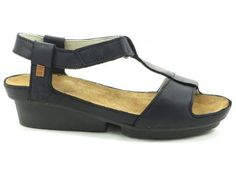 Village Shoes in Ashland Oregon sells fabulous women's shoes and boots as well as handbags, jewelry and more. Visit our store in Ashland Oregon. Spring Sandals, Wedges, Flats, Shoes, Women, Fashion, Loafers & Slip Ons, Moda, Zapatos