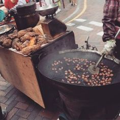 Roasted Sweet Potato & Chestnuts: These two always being sold together by mobile hawkers, it's a matter of luck whether you have a chance to taste them. #HongKong #streetfood