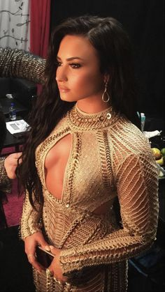 Demi Lovato News Demi Lovato Body, Demi Lovato Style, Selena Gomez, Demi Love, Divas, Hollywood Fashion, Cultura Pop, Woman Crush, Beautiful Celebrities
