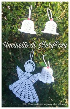Christmas decorations #addobbi #natalizi #natale #addobbinatalizi #addobbidinatale #christmas #decoration #decortions #christmasdecor #uncinetto #crocheted #crochet #handmade #fattoamano #diy