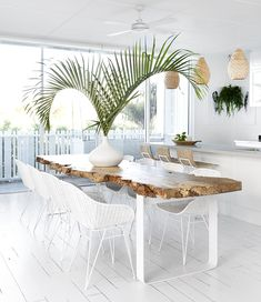 How amazing is this stunning Australian Hamptons style beach house with coastal design, we love how the kitchen and dining room lead onto the outdoor deck with ocean front views! Featuring lots of NEW Uniqwa. Coastal Living, Coastal Decor, Coastal Dining Rooms, Coastal Style, Tropical Decor, Tropical Furniture, Tropical Interior, Tropical Dining Chairs, Coastal Interior