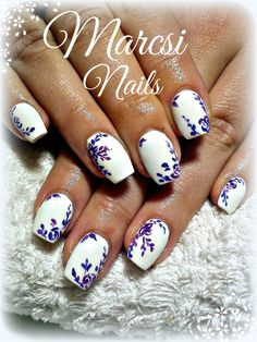 Little purple flower nail art/ White nail, with flower