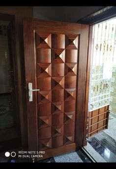 Single Main Door Designs, House Main Door Design, Wooden Front Door Design, Home Door Design, Main Entrance Door Design, Door Design Interior, Wooden Front Doors, Grill Door Design, Modern Wooden Doors