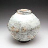 Moon jar by Lee Kang-Hyo. At Goldmark gallery Nov 2014.