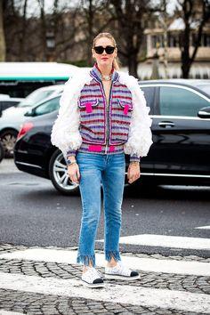 Jeans que serán tendencia en 2017 (y 2018) - JEANS CON FLECOS | Galería de fotos 9 de 13 | Glamour