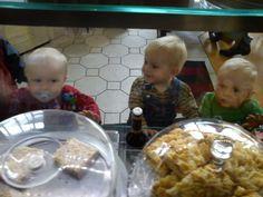 Kleine Fans des Café Wildfang! :-) Restaurant, Freundlich, Fans, Decor, Children Playground, Treats, Decoration, Diner Restaurant, Restaurants