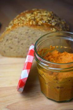 Arrabitom - veganer, günstiger Tomaten-Brotaufstrich