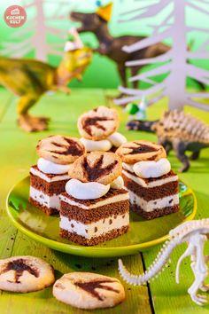 Dinosaurier-Kindergeburtstag-Lava-Torte Fossilien-Kuchen
