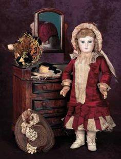 portrait jumeau doll