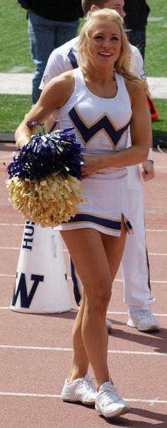 washington huskies cheerleader Cheerleader Images, College Cheerleading, Cheerleading Pictures, Cheer Pics, Football Cheerleaders, Cheer Pictures, College Football, U Washington, Nutty Buddy