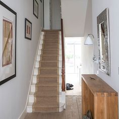 Modern hallway pictures and photos for your next decorating project. Find inspiration from of beautiful living room images White Hallway, White Staircase, Modern Hallway, Staircase Design, Cubes, Natural Oak Flooring, Hallway Pictures, Hallway Ideas, Cream Living Rooms