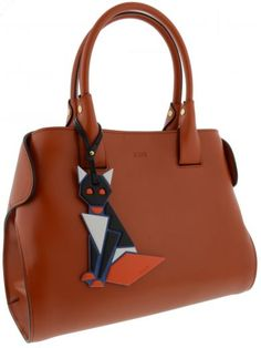 TOD'S Tod'S Borsa Cape Bag Small. #tods #bags #