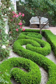 S curves in hedges.