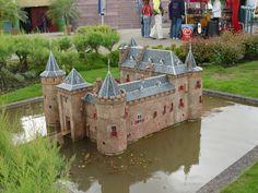 model castle - Hľadať Googlom
