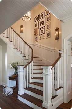 Ideas for stairs, staircases and stairways! Ideas for stairs, staircases and stairways! Decorating Stairway Walls, Staircase Wall Decor, Open Staircase, Staircase Remodel, Stair Decor, Staircase Design, Staircase Ideas, Staircase Walls, Staircase Landing