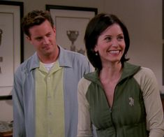 Courteney Cox and Matthew Perry. FRIENDS Monica Geller, Chandler Bing, Joey Tribbiani, Phoebe Buffay, Rachel Green, Ross Geller
