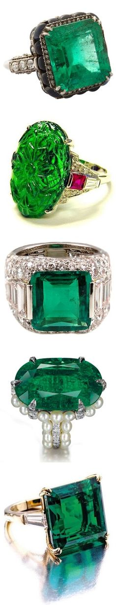 Au contraire, it is easy being emerald green, don't you think? Amazing, gorgeous emerald rings that would look stunning in the Vanity Fair Theme. I Love Jewelry, Jewelry Rings, Emerald Jewelry, Emerald Rings, Diamond Rings, Ruby Rings, Pearl Diamond, Uncut Diamond, Diamond Pendant