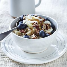 In this satisfying, on-the-go oatmeal recipe, protein-rich Greek yogurt, crunchy pecans and sweet berries make this the perfect healthy breakfast. Short on time in the morning? Try our overnight oatmeal variation.