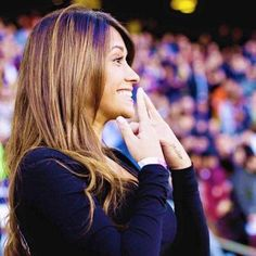 Image discovered by ♡. Find images and videos about messi and antonella roccuzzo on We Heart It - the app to get lost in what you love. Football Wags, Hot Football Fans, God Of Football, Football Stuff, Antonella Roccuzzo, Lionel Messi Barcelona, Fc Barcelona, Anto Roccuzzo, Messi And Wife