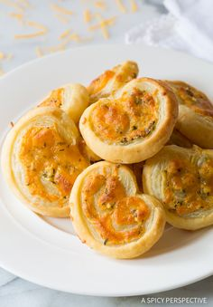Gotta-Try 6-Ingredient Cheesy Garlic Herb Palmiers