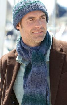 knitted mens hat and scarf free printable pattern- don't like the colors, but the pattern looks good
