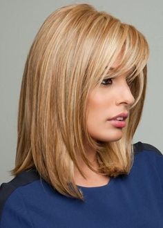Color = Honey Ginger: Dark Golden Blonde With Light Gold Blonde Highlights Gold Blonde Highlights, Raquel Welch Wigs, Natural Hair Wigs, Corte Bob, Golden Blonde Hair, Hair Toppers, Gold Hair, Mid Length Hair, Synthetic Hair