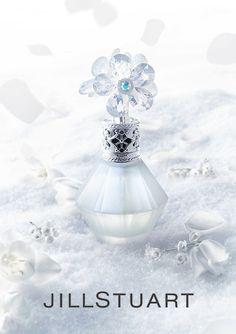 ジルスチュアートから、スノーホワイトボトルの透明感あふれるフレグランスがデビュー 2015